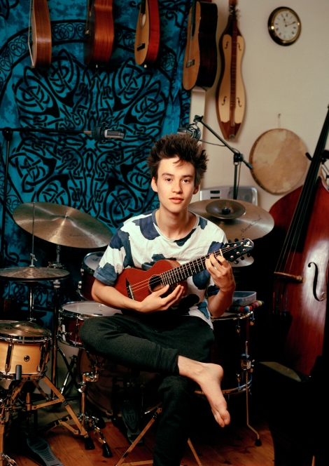 JacobCollier01.jpg